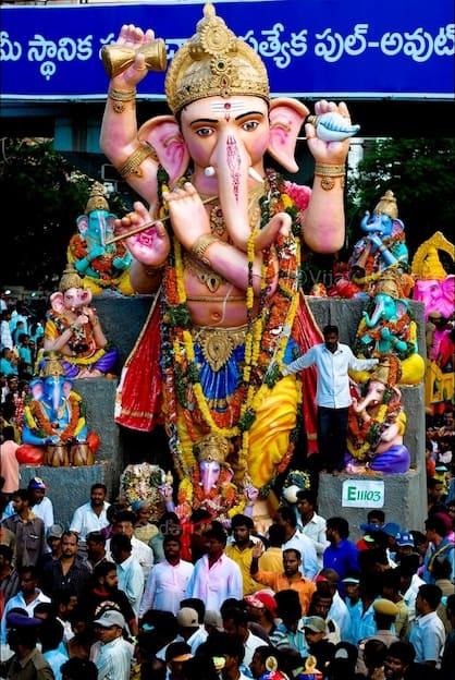 Elefantes en la cultura humana